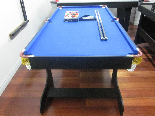 6ft Fold Away Pool Table Blue